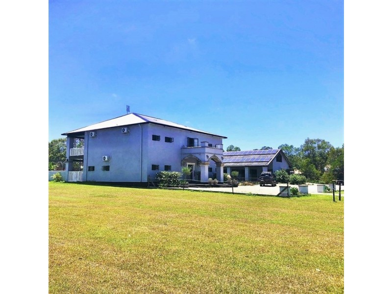 18 Amaroo Place, Cooroibah QLD 4565