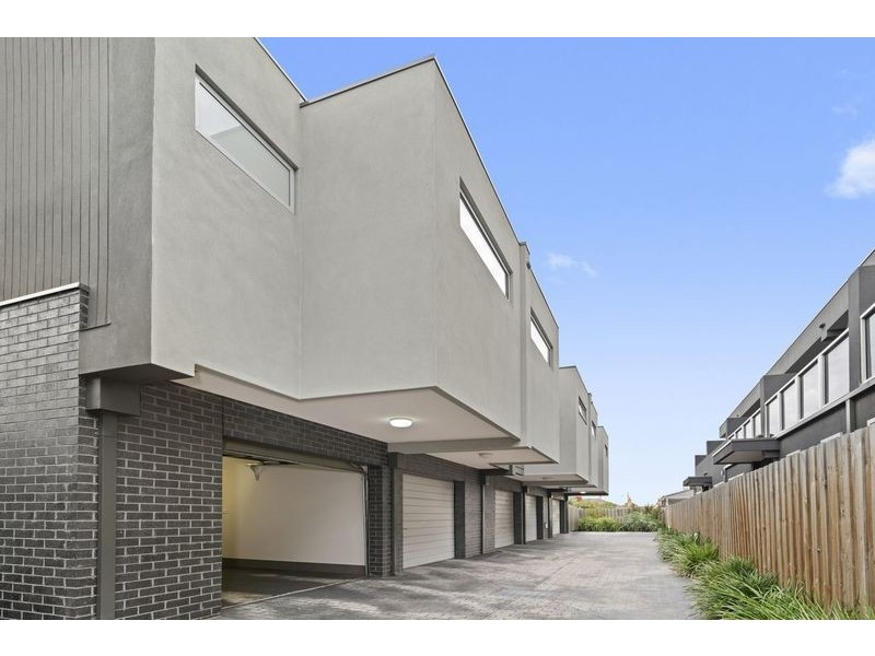 5/57 Parer Rd, Airport West VIC 3042
