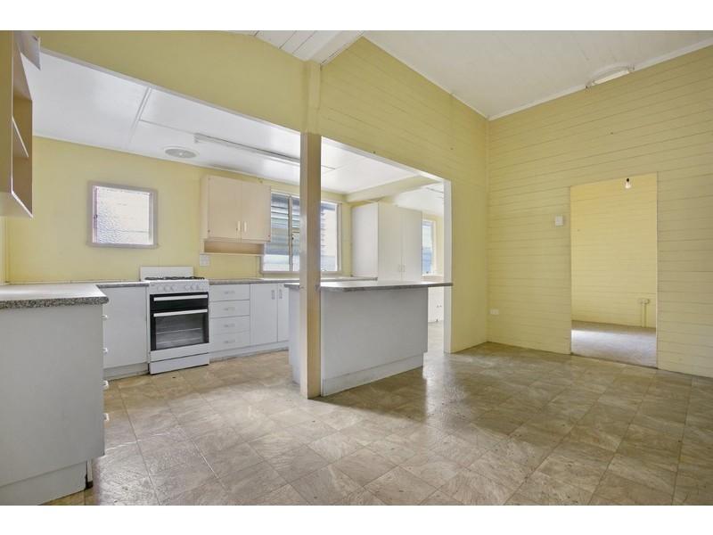 24 Hughes Terrace, Gympie QLD 4570