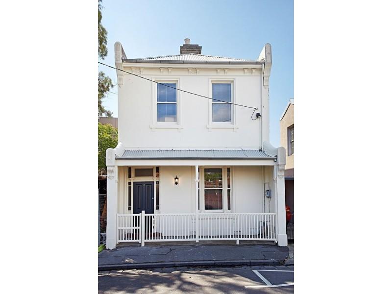 8 Neptune Street, St Kilda VIC 3182