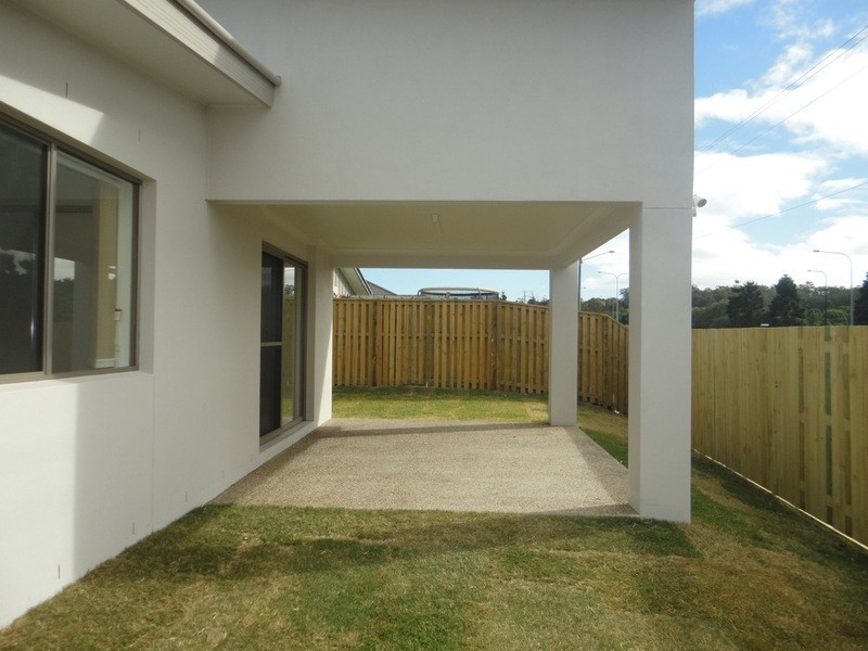 52 Wildflower Circuit, Upper Coomera QLD 4209