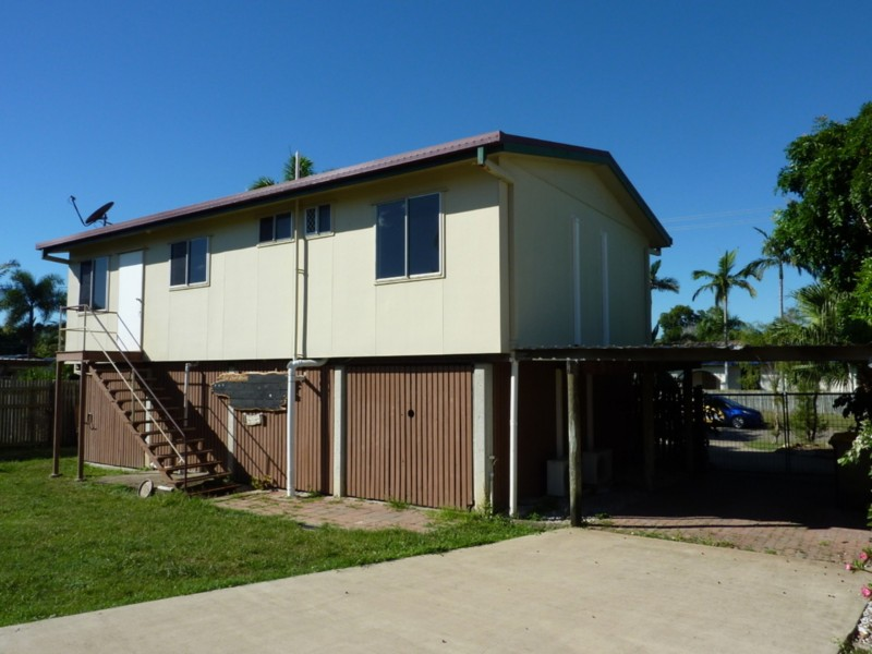 12 Naples Court, Kelso QLD 4815