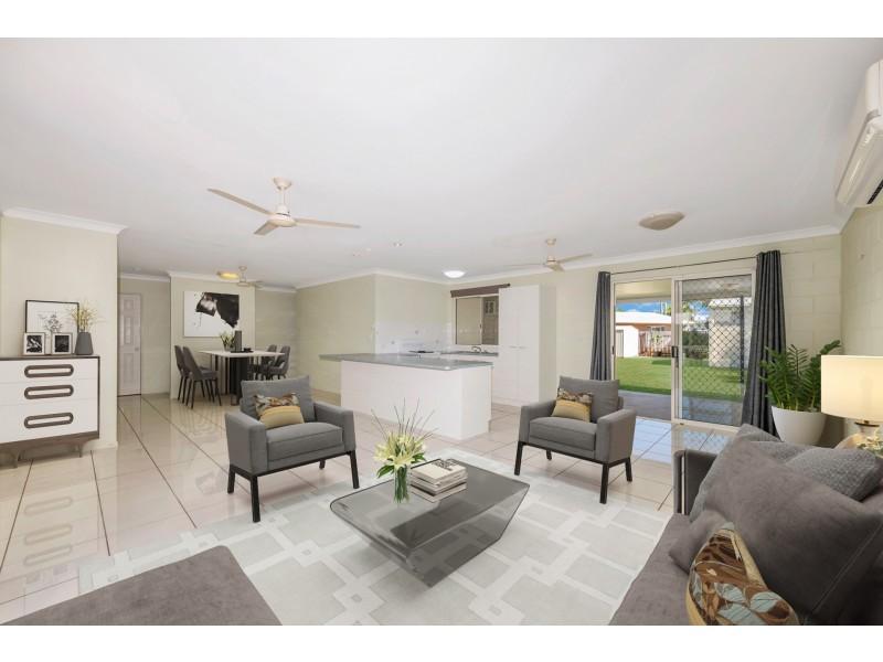 15 Leila Avenue, Rasmussen QLD 4815