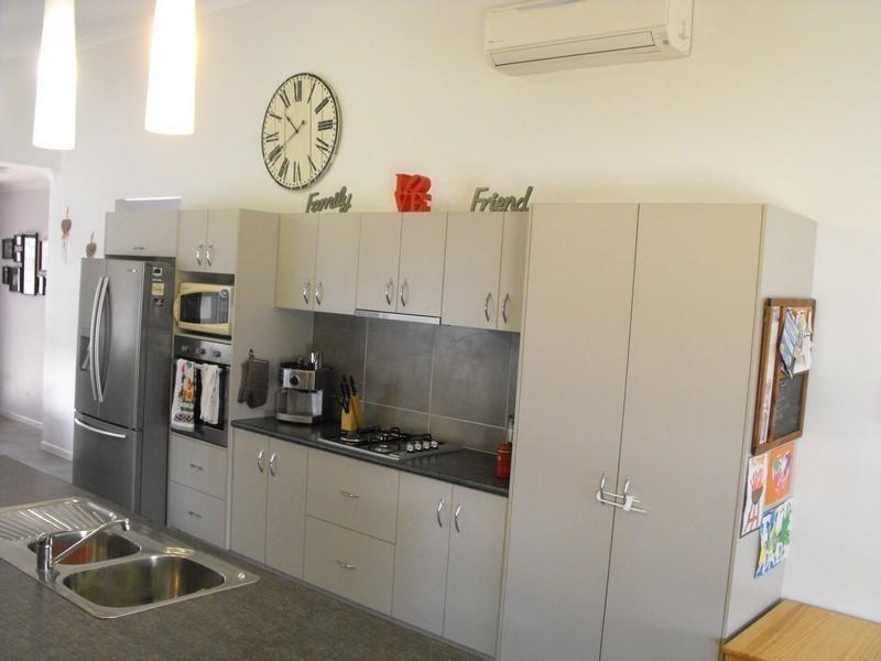 4 Apple Gum Avenue, Mount Low QLD 4818