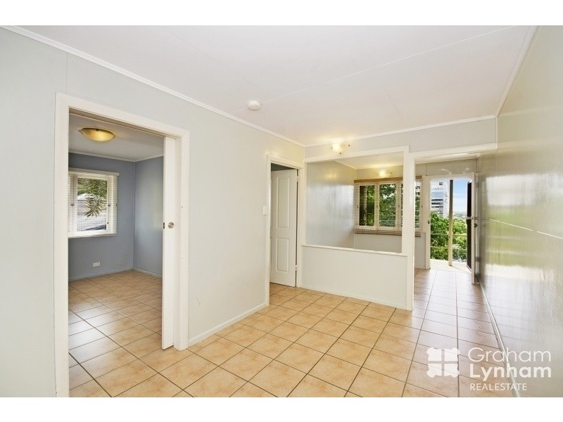 1/24 Hale Street, Townsville City QLD 4810
