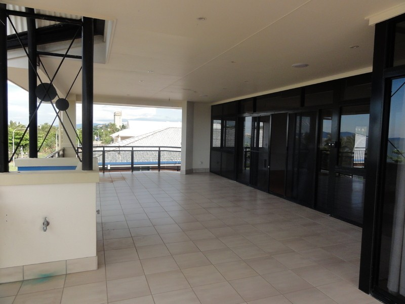 5 103 the strand townsville city qld 4810 the real for 1 stanton terrace townsville