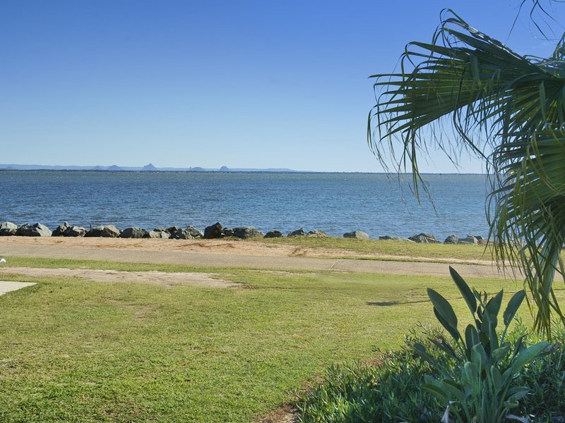 6 VALIANT COURT, Newport QLD 4020