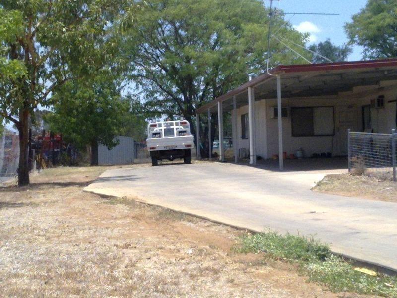 6 Littlefield St, Blackwater QLD 4717