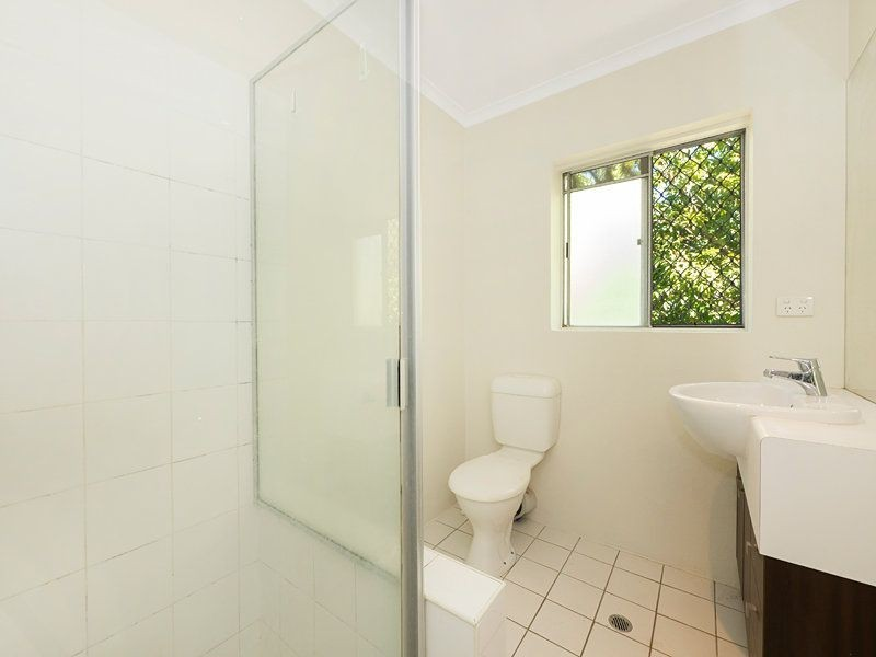 3/113 Sir Fred Schonell Drive, St Lucia QLD 4067