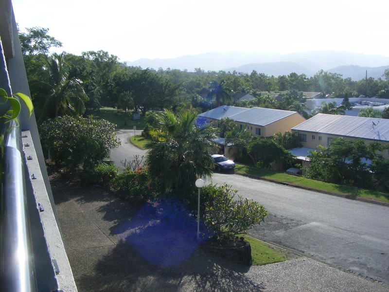 24/2 Eshelby drive, Cannonvale QLD 4802