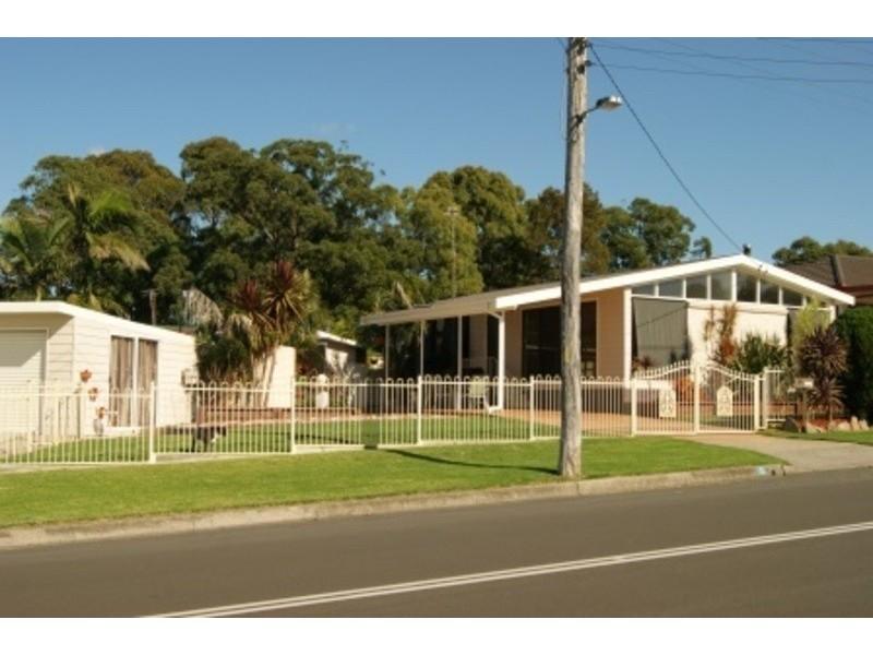 1 Robyn Rd, Albion Park Rail NSW 2527
