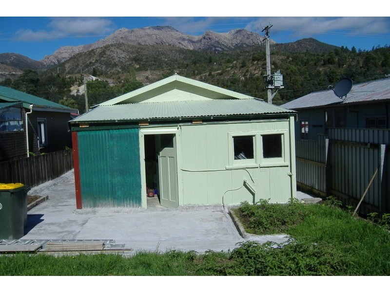 77 Batchelor Street, Queenstown TAS 7467