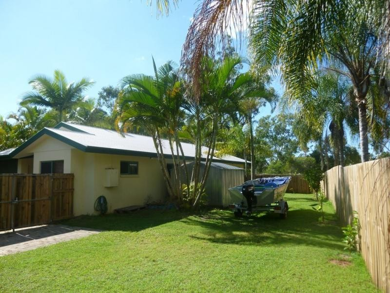 21 Palm Court, Agnes Water QLD 4677