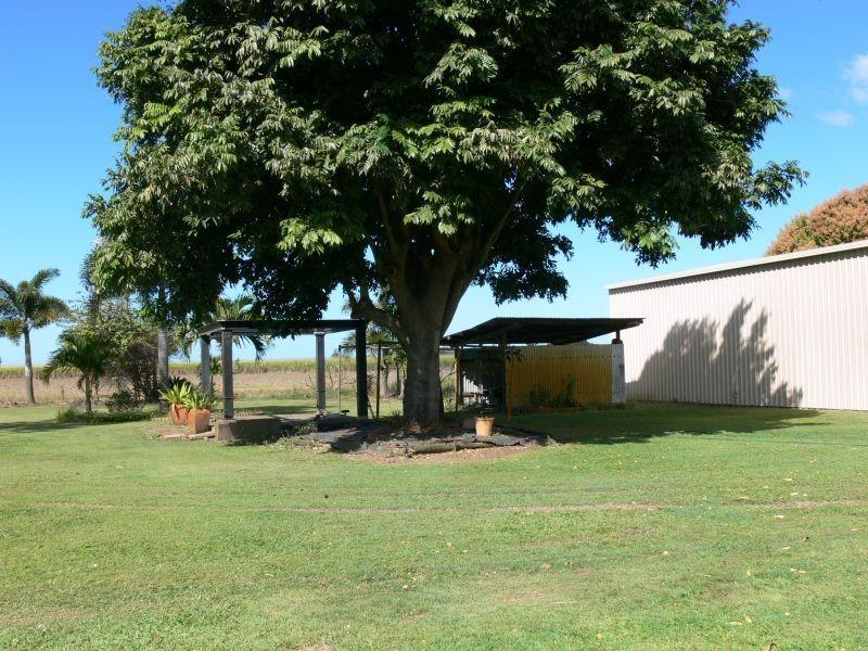 440 BEACH Road, Airdmillan QLD 4807