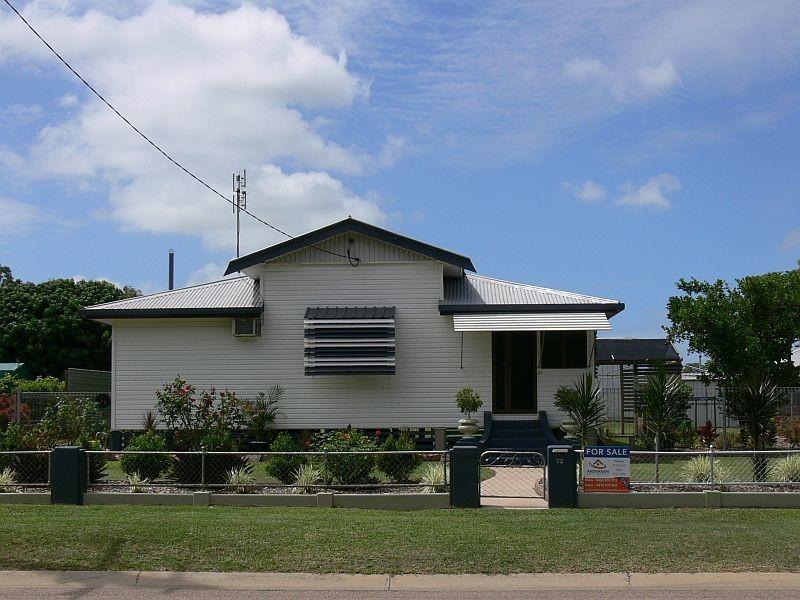 72 BEACH Road, Ayr QLD 4807
