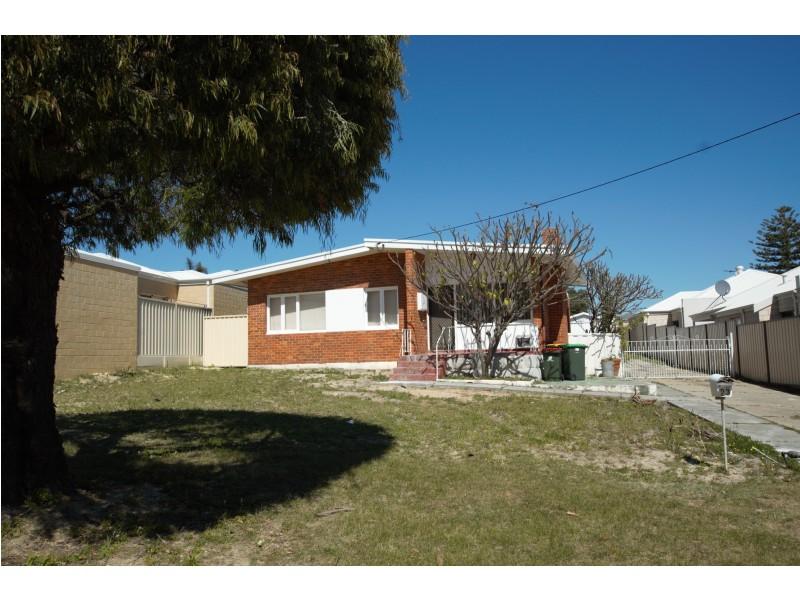23 Newhaven Way, Nollamara WA 6061