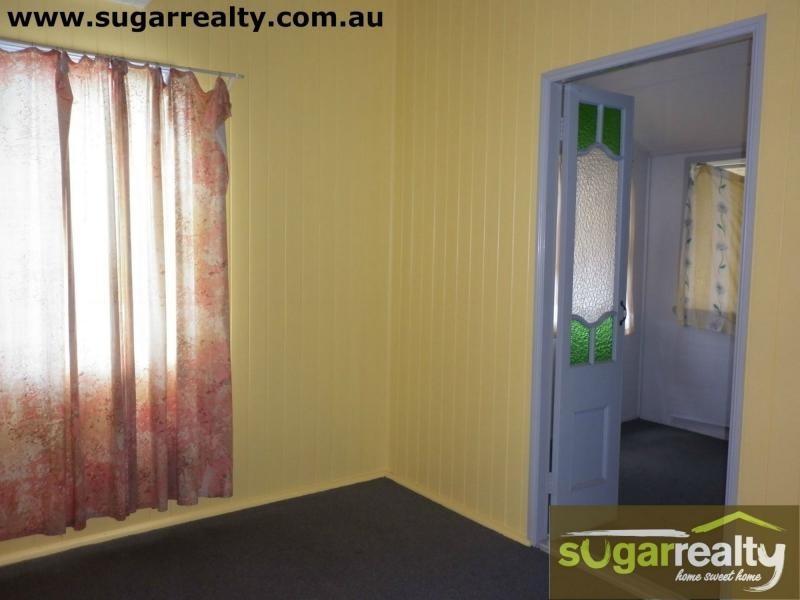 30 Topton Street, Alva Beach, Alva QLD 4807