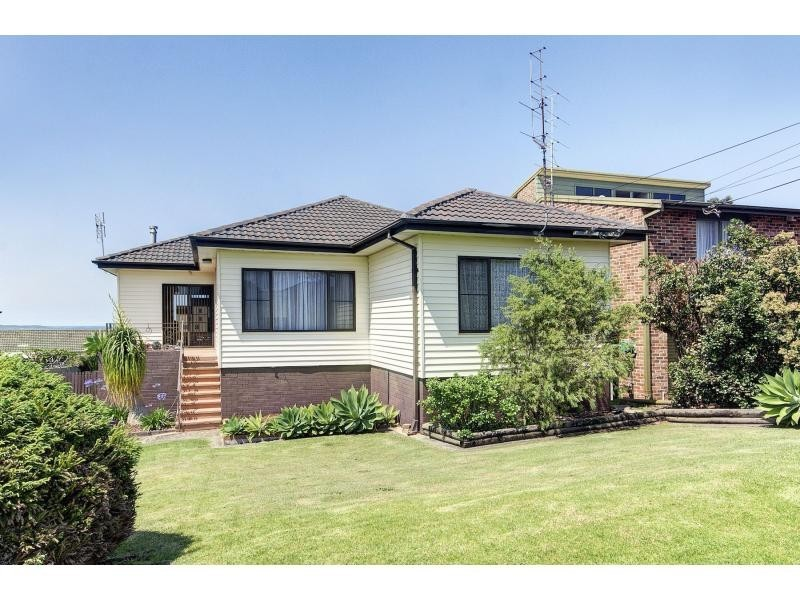 6 Bass Street, Kiama Downs NSW 2533