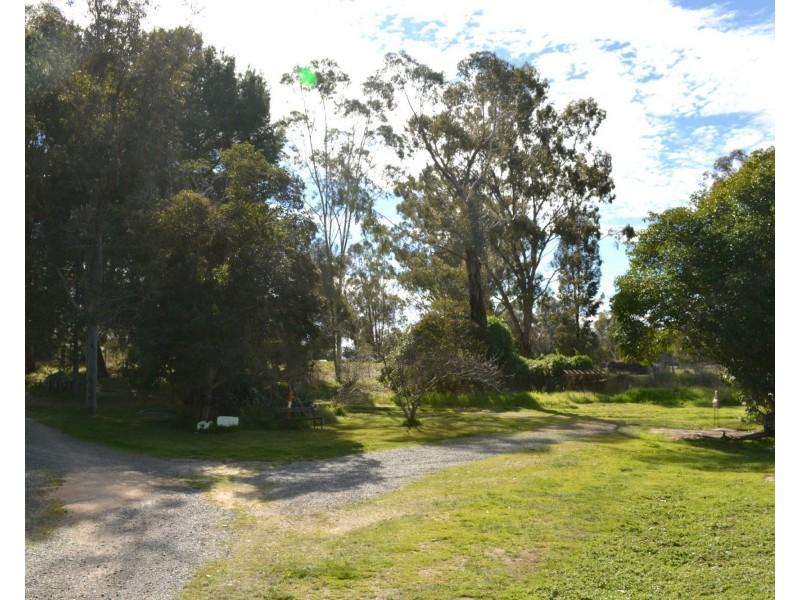 79 Nangunia Street, Barooga NSW 3644