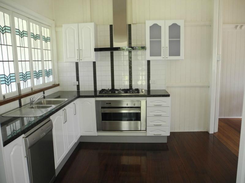 21 Sara Place, Ilkley QLD 4554