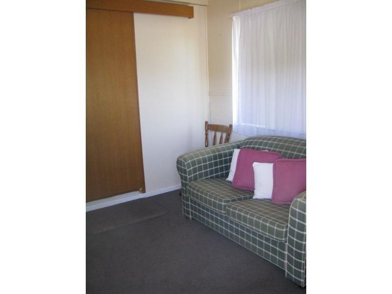 19 Whitehead Street, Khancoban NSW 2642