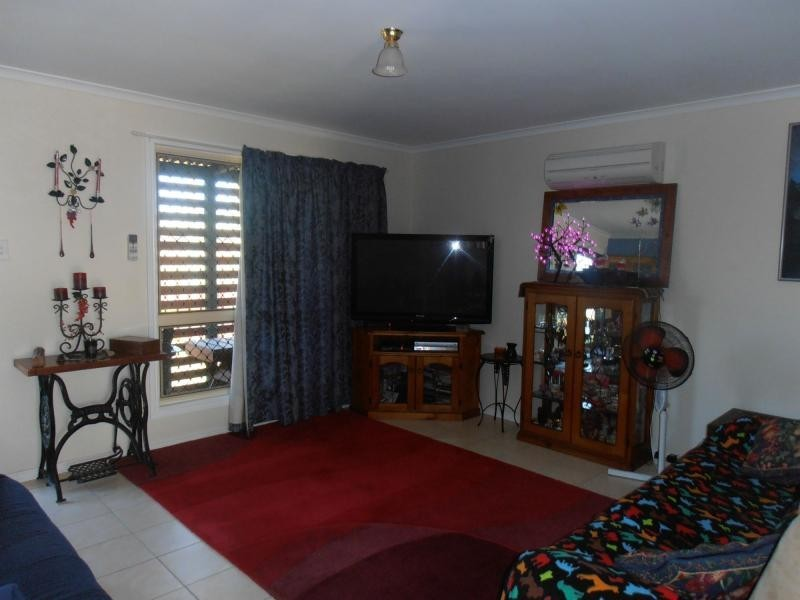12 Regent Court, Cooloola Cove QLD 4580