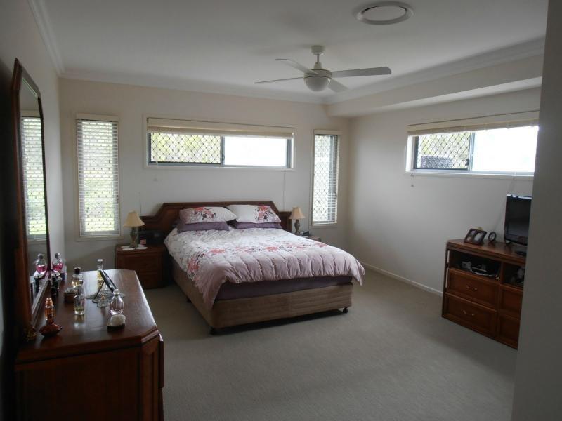 40 Tuna Way, Tin Can Bay QLD 4580
