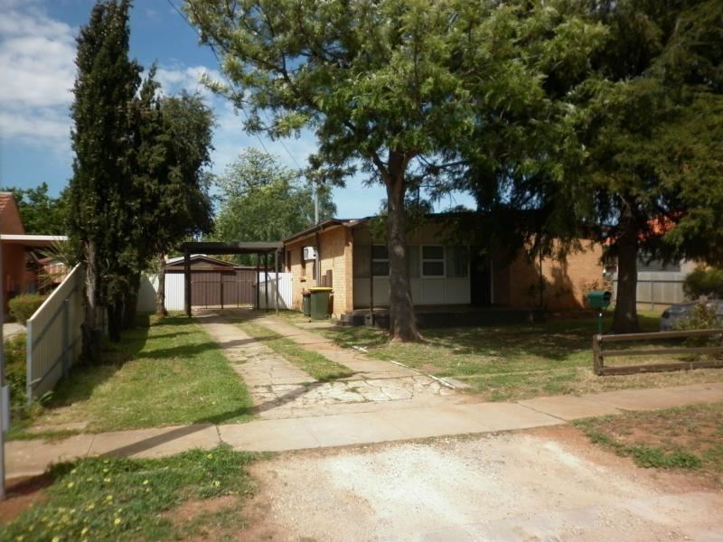 32 Longbridge Road, Davoren Park SA 5113