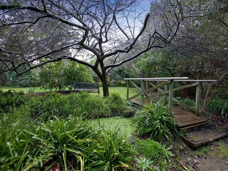 9 Leindan Court, Mount Eliza VIC 3930