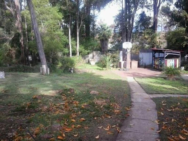 5 Hawdon Street, Stoneville WA 6081