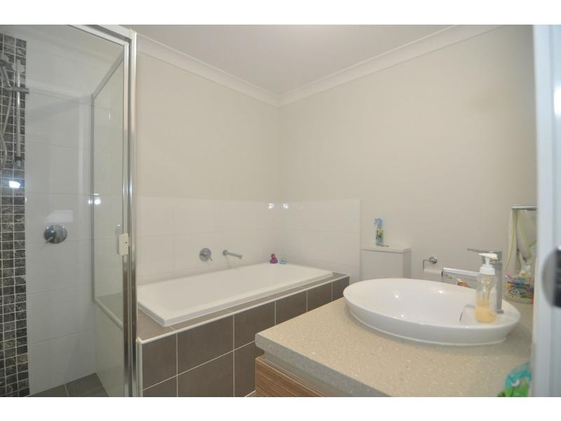 26 Driftway Drive, Lakewood, Pemulwuy NSW 2145