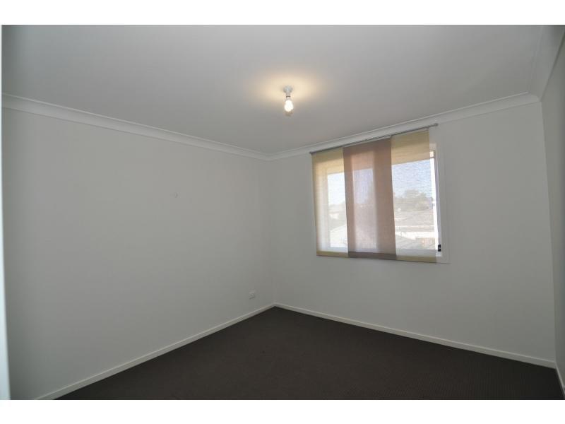 18 Driftway Drive, Pemulwuy NSW 2145