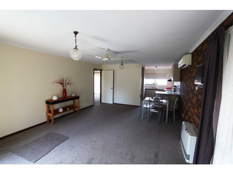 2/79 Collie Street, Barooga VIC 3644