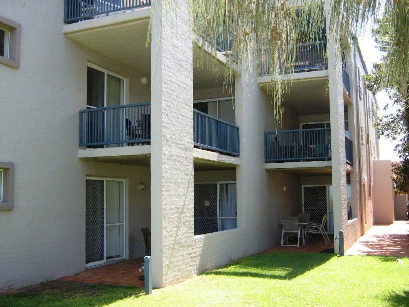 2/8 Miller Street, Bargara QLD 4670