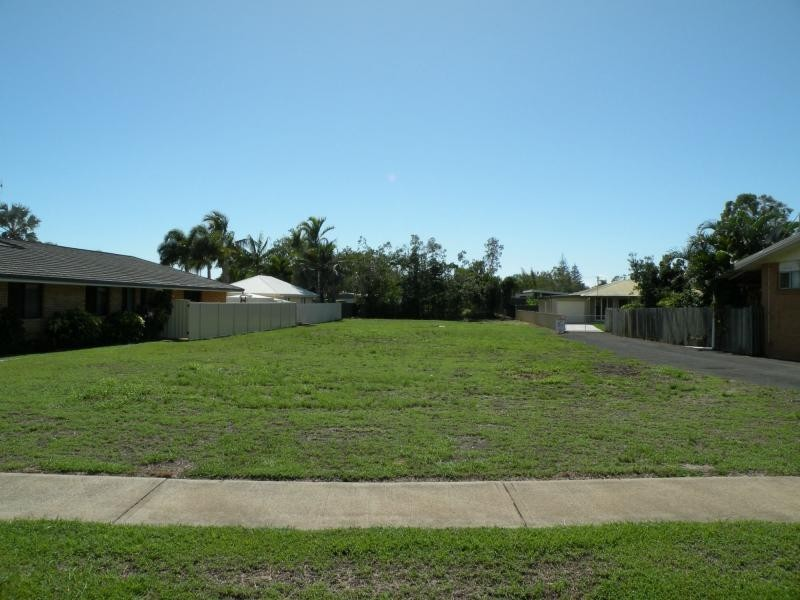 30 Croft Street, Bargara QLD 4670