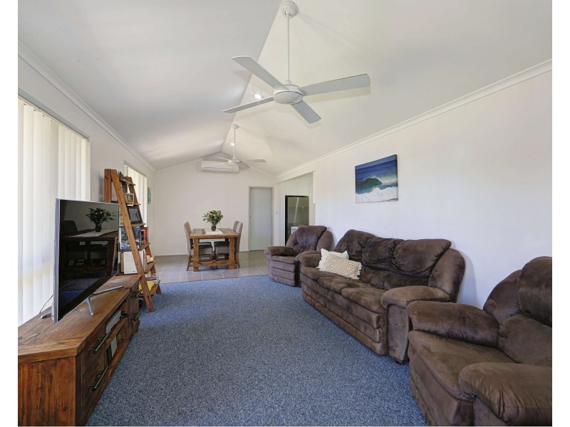 30 Shoreline Cres, Bargara QLD 4670