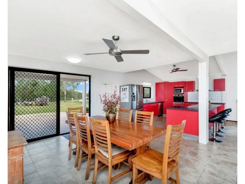 9 Kluck Rd, Barrine QLD 4872