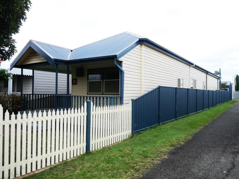 10 Douglas Street, Stockton NSW 2295