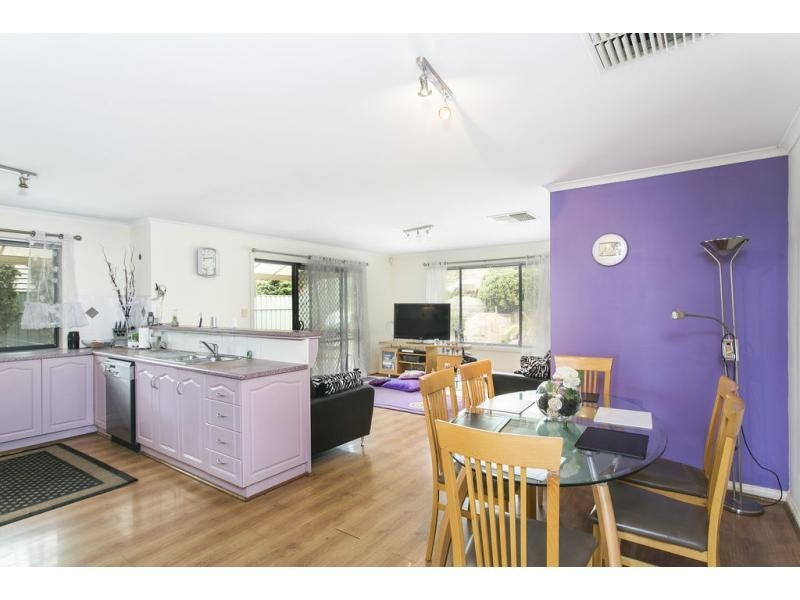 8 Skipper Close, Hallett Cove SA 5158