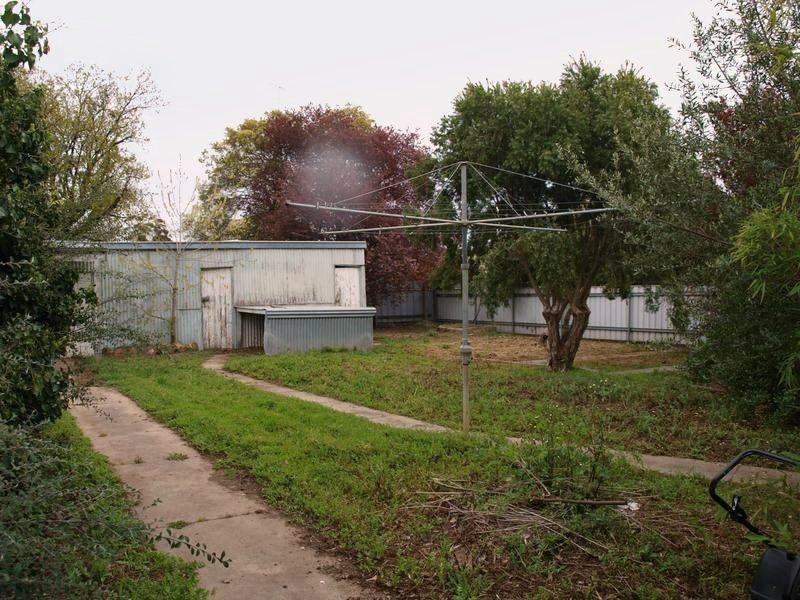 86 Neale Street, Kennington VIC 3550