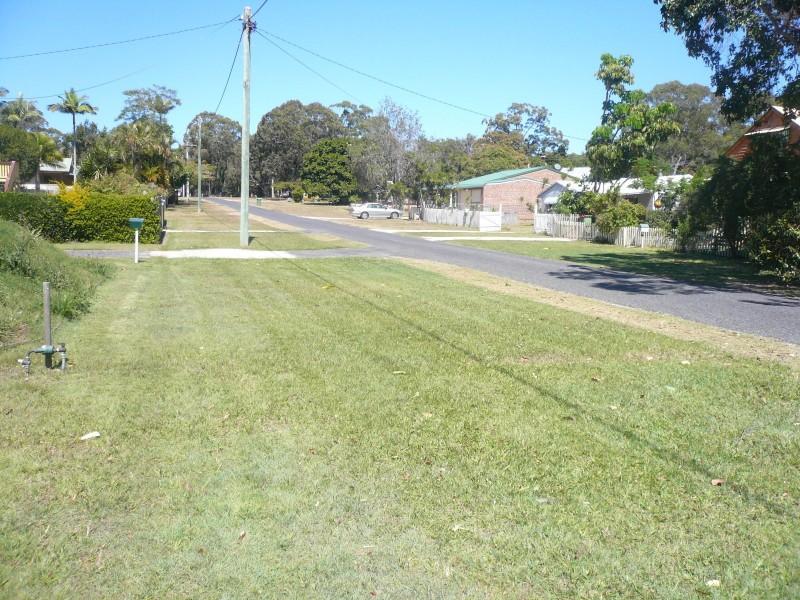 22 Citron Street, Macleay Island QLD 4184