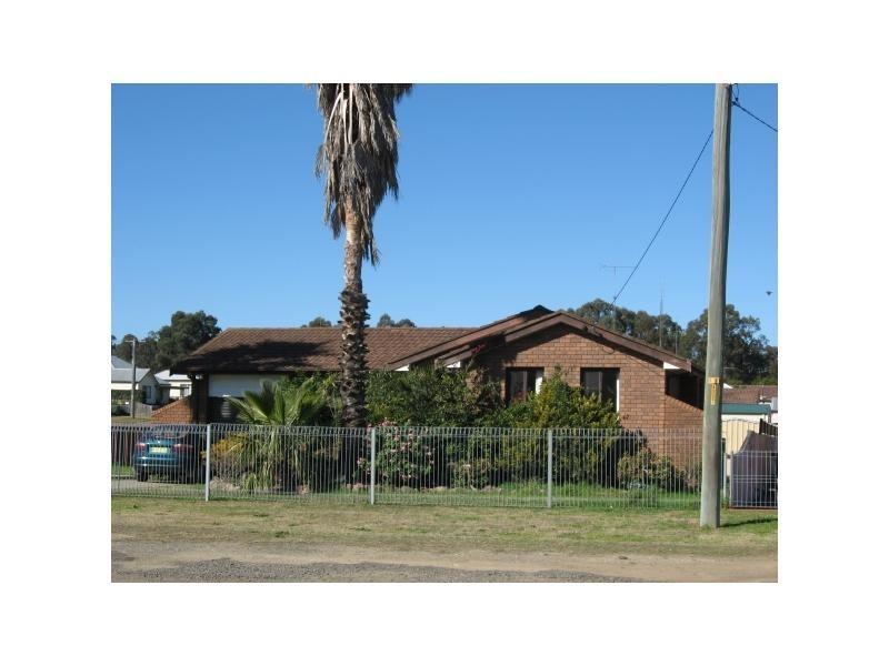 14 Colliery Street, Aberdare NSW 2325