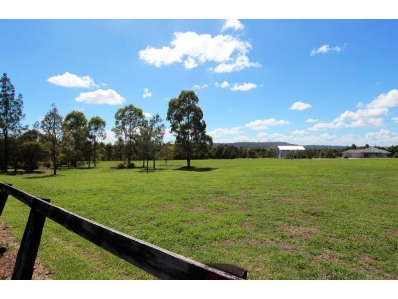 5 Barrington Place, The Vintage, Rothbury NSW 2320