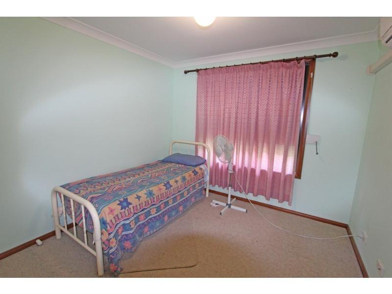 76 Lismore Street, Abermain NSW 2326