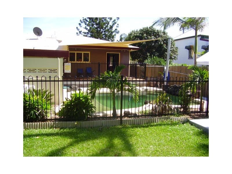 48 Albany Street, Hyde Park QLD 4812