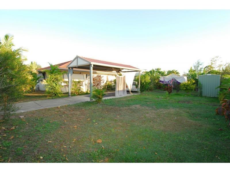 25 San Vito Crescent, Rasmussen QLD 4815