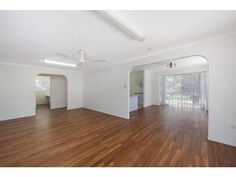 18 Kurrajong Court, Bushland Beach QLD 4818