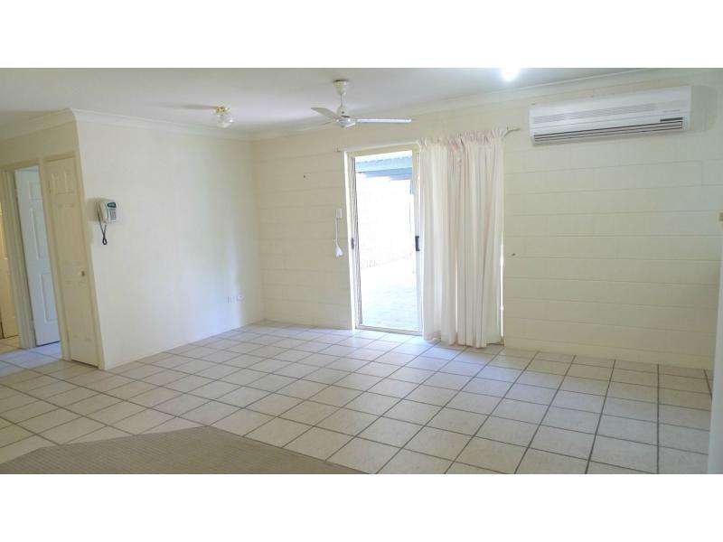 8 Chiquita Avenue, Rasmussen QLD 4815