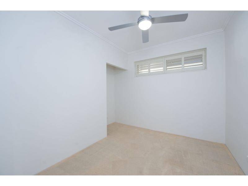 1784 Rialto Quay Drive, Hope Island QLD 4212