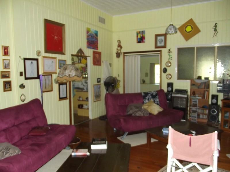 42 Main Street, Dallarnil QLD 4621